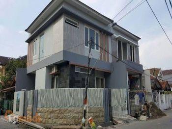 Rumah Kost Baru di Surabaya Dijual