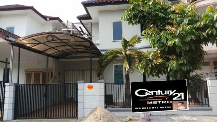 Rumah Minimalis 2 Lantai Taman Modern Jakarta Timur