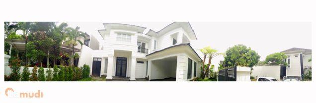 Langka ! Mewah Di Jantung Kota Villa Bukit Mas !